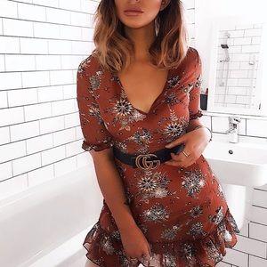 Dresses & Skirts - Floral Frill Flared Mini Dress